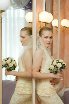 The Bride Near A Mirror Stock Photography