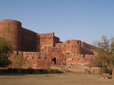 Free Outside The Red Fort In Agra, India Royalty Free Stock Photo - 5534775