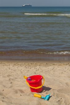 Free Summer Beach Royalty Free Stock Images - 5535919