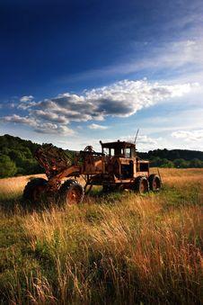 Free Abandoned Bulldozer. Royalty Free Stock Photography - 5537437