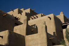 Free Santa Fe Adobe Hotel Stock Image - 5537871