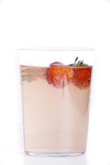 Free Fresh Strawberry Juice Stock Photo - 5542140