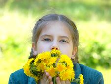 Free Girl With Dandelions Stock Photos - 5545033