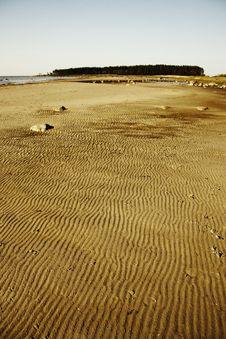 Free Sand Waves Royalty Free Stock Image - 5545356