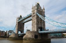 Free The Tower Bridge In London Royalty Free Stock Photo - 5546195