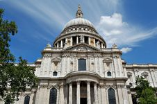Free Vertical View Of St Paul Cathedral Stock Photo - 5546380