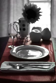 Free Modern Table Setting Stock Images - 5547664