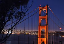 Free Golden Gate At Night Stock Image - 5548661