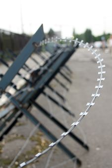 Free Razor Wire Stock Photo - 5548800