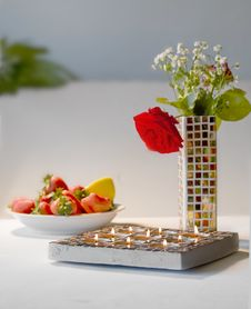 Free Mosaic Candle Holder, Vase And Strawberries Royalty Free Stock Images - 5552049