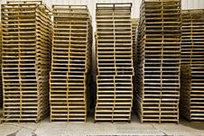 Free Pallets Royalty Free Stock Image - 5554816