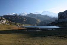 Free Lake With Picks Stock Photo - 5556240