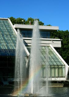 Free Fountain With Rainbow Stock Image - 5557851