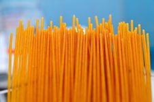 Free Dark Bran Spaghetti Stock Photo - 5557890