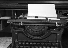 Free Old Typewriter Royalty Free Stock Photos - 5558348