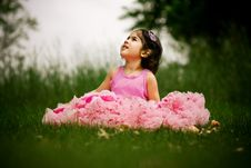 Free Child Wearing Pettiskirt Royalty Free Stock Images - 5559319