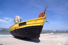 Free Fish-boat Royalty Free Stock Photos - 5563138
