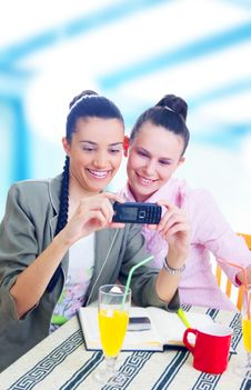 Free Businesswomen Taking Picture Royalty Free Stock Images - 5564949
