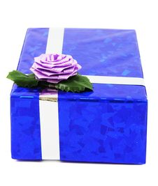 Free Blue Gift Isolated On White Stock Image - 5565001