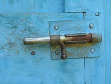 Free Lock On A Blue Door Royalty Free Stock Image - 5569006