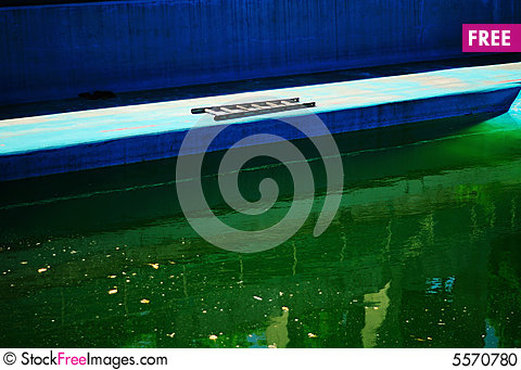 Free Dirty Swimming Pool Stock Photo - 5570780