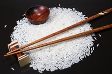 Free Chopstick And Rice Royalty Free Stock Photography - 5571047
