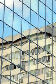 Free Glass Facade Stock Image - 5571841