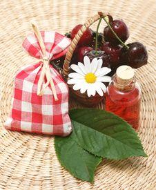 Free Cherry Aromatherapy Royalty Free Stock Image - 5571956