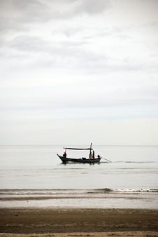 Free Fishing Boat Stock Photo - 5572310