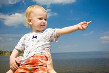 Free Child Pointing Forward Stock Image - 5572471
