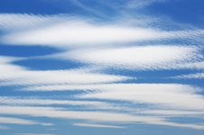 Free Great White Clouds In A Sky Stock Photography - 5576412