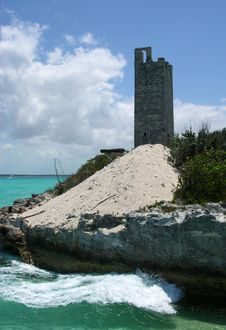Free Blue Lagoon Island Fort Royalty Free Stock Images - 5578189