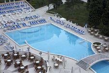 Free Swimming Pool Royalty Free Stock Image - 5578436