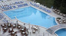 Free Swimming Pool Royalty Free Stock Photos - 5578448