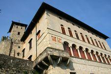 Free Medieval Castle Corner Royalty Free Stock Photos - 5582878
