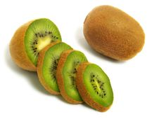Free Sliced And Unsliced Kiwi Stock Photography - 5583832