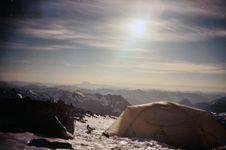 Free Home On A Mountain Royalty Free Stock Photos - 5585178