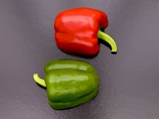 Free Red & Green Peppers Cut In Pattern. Royalty Free Stock Photography - 5587677