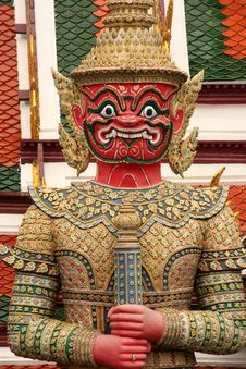 Free Red Ramakien Statue Royalty Free Stock Images - 5588079