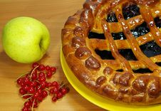 Fresh Blueberries Pie And Fruits Royalty Free Stock Photo