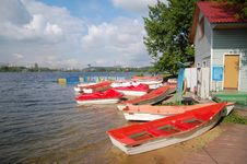 Free Boat Station Stock Photography - 5591182