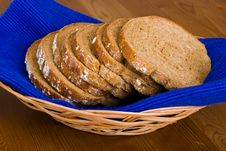 Free Bread In A Basket Stock Photography - 5591492