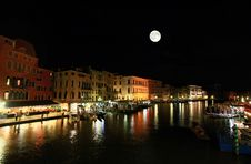 Free The Grand Canal In Venice Royalty Free Stock Images - 5591899