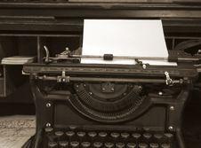 Free Old Typewriter Stock Photography - 5594742