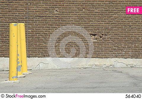 Yellow-poles-thumb564040.jpg