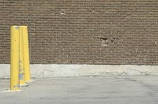 Free Yellow Poles Stock Photo - 564040