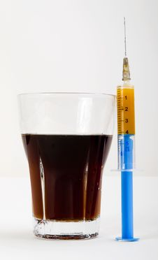 Free Cola Is Healthy Or Not  Stock Photo - 5600000