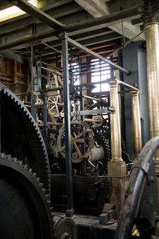 Free Big Clock Work Royalty Free Stock Photography - 5602027