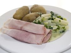Free Ham And Stem Cabbage Royalty Free Stock Photography - 5604837