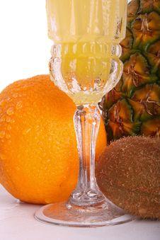 Free Orange Kiwi Pineapple Juice Royalty Free Stock Photo - 5605065